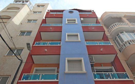 Mieszkanie w centrum Torrevieja 200m od plaży (7)_1