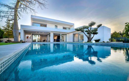 Luksusowe nieruchomości w Hiszpanii w Benissa