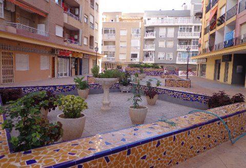 Tani apartament w hiszpanii blisko morza na sprzedaż